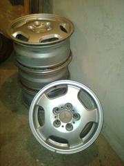 Оригинальные литые диски б/у R15 к Мерсу